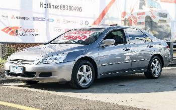 2005 Honda Accord VTI 40
